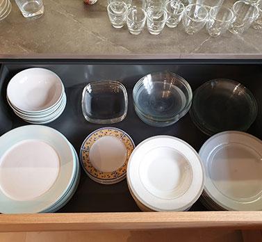 סידור כלי מטבח לאחר מעבר דירה